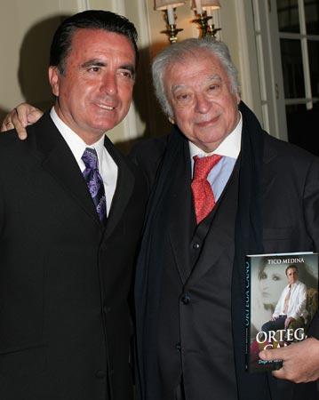 Tico Medina presenta la biografía que ha escrito sobre José Ortega Cano