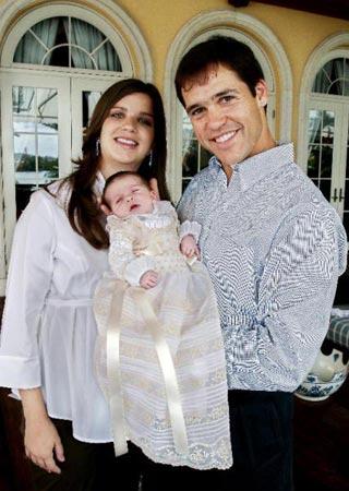La hija de Luis Alfonso será bautizada mañana en una solemne ceremonia