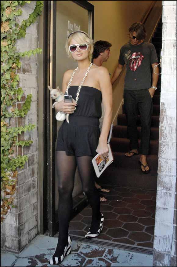 Un modelo sueco y 'pizzero', el nuevo amigo especial de Paris Hilton