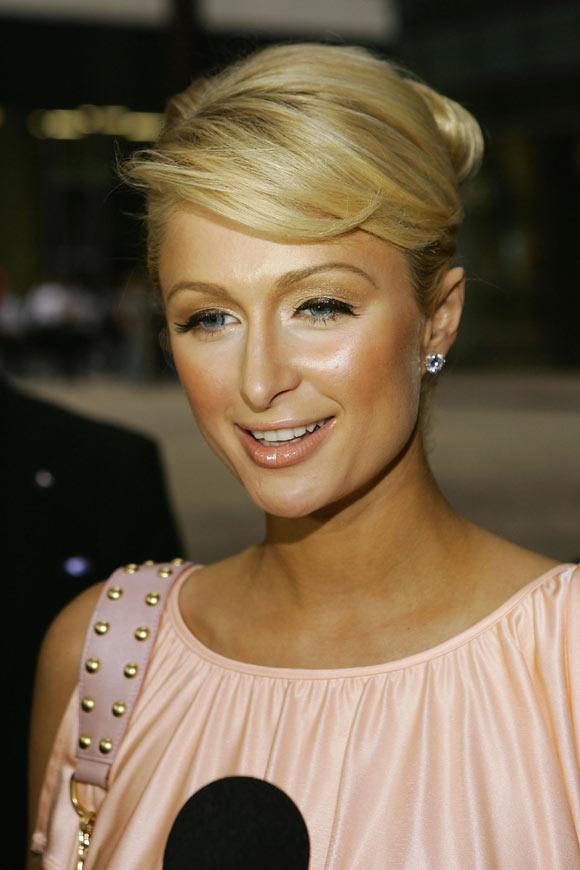 Paris Hilton viajará a Ruanda en misión humanitaria: 'Quiero dejar una huella en el mundo'