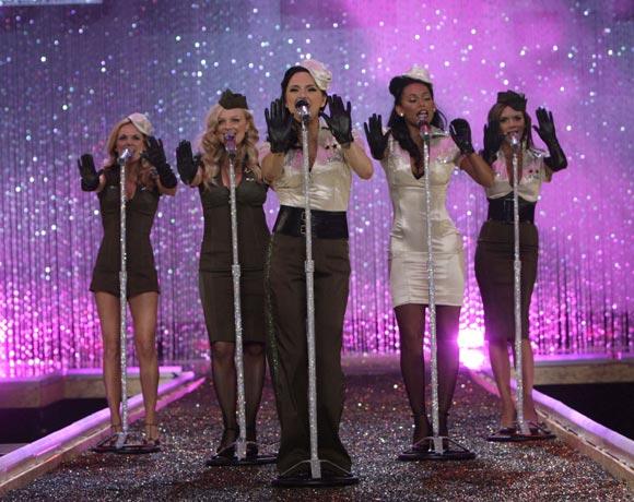 Los Beckham celebran junto a varias Spice Girls su primer Día de Acción de Gracias