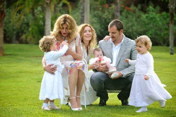 Exclusiva en ¡HOLA!: Toda la familia se reunió para el bautizo de las mellizas de la baronesa Thyssen