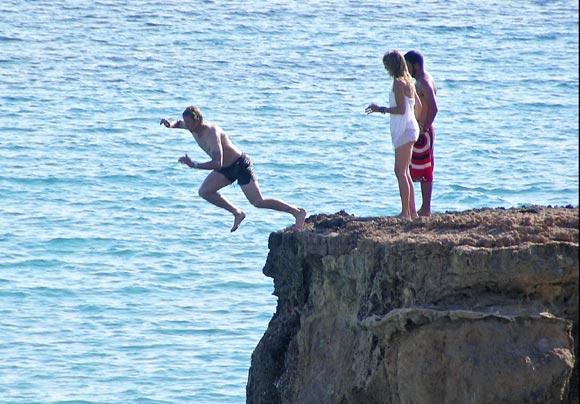 Arancha de Benito y Guti, amor al sol de Ibiza