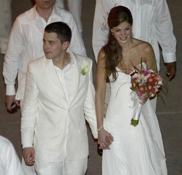 Matrimonio Simbolico En Colombia : Tomás hijo mayor del presidente de colombia contrae