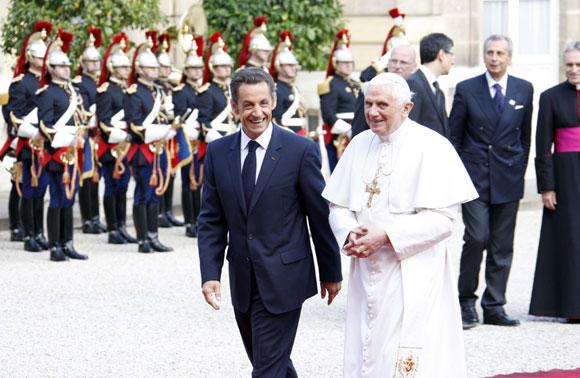 Luis Alfonso de Borbón y Margarita Vargas, invitados por Sarkozy a la recepción en honor del Papa