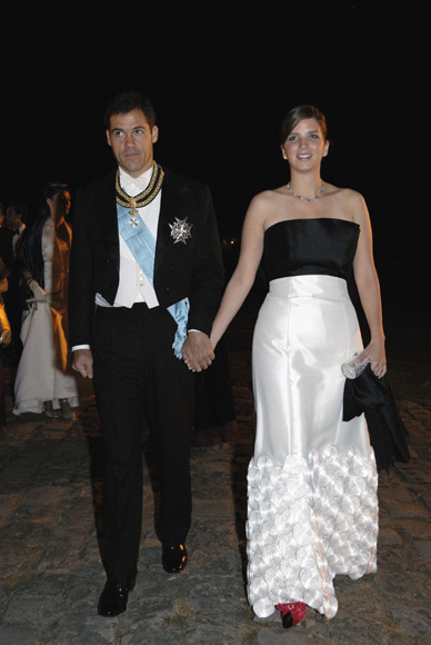 Apretado fin de semana para Luis Alfonso de Borbón y Margarita Vargas