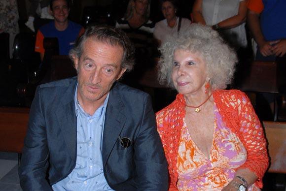 La Duquesa de Alba y Alfonso Díez están de vacaciones en Sicilia
