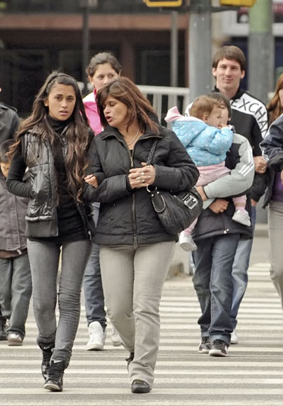 La Familia De Messi Aprueba A La Novia Del Futbolista