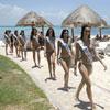 Las aspirantes a Miss España 2009 visitan Isla Mujeres y posan en bañador mientras se preparan para la gala final del próximo sábado