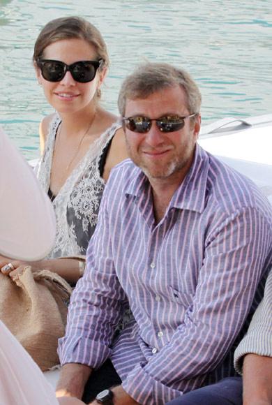 Roman Abramovich y Daria Zhukova se relajan en Portofino mientras esperan la llegada de su primer hijo en común