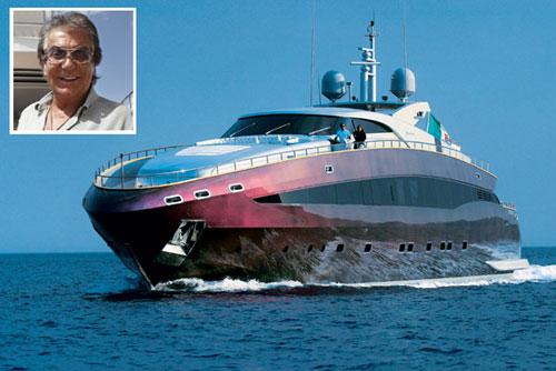 Roberto Cavalli, dueño del yate de lujo preferido por nuestros internautas