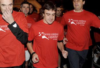 Fernando Alonso, ajeno a los rumores de separación de Raquel del Rosario,