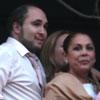 Isabel Pantoja asiste con sus hijos a las procesiones de la Semana Santa sevillana