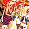 Compras, fiestas, viajes y el amor de sus mascotas... ¡Descubrimos la fórmula de Paris Hilton para superar su ruptura con Doug Reinhardt!