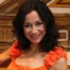 Cecilia Gómez, emocionada con los vestidos inspirados en la Duquesa de Alba que han creado Victorio & Lucchino