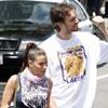 Pau Gasol celebra con su novia, Silvia, el título de los Lakers