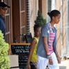 Barack Obama y sus hijas, Malia y Sasha, comienzan sus vacaciones
