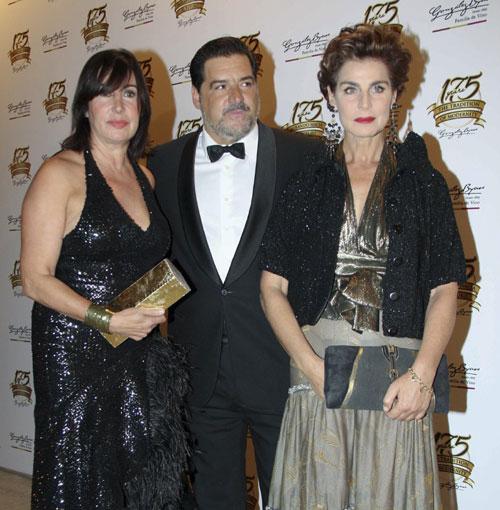 Carmen Martínez-Bordiú, José Campos y Antonia Dell'Atte, entre otros, asisten al 175º aniversario de una conocida bodega jerezana