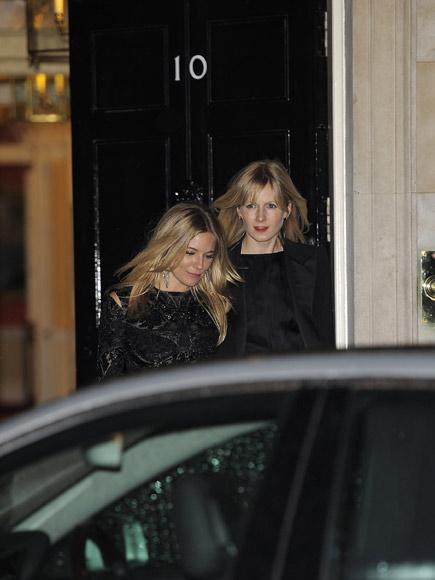 La primera dama Samantha Cameron, anfitriona de una cita con la moda en el número 10 de Downing Street