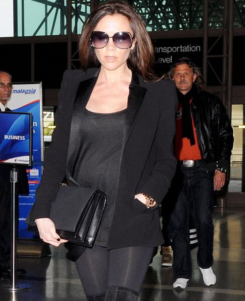 Victoria Beckham, una moderna premamá que no renuncia a los tacones de aguja