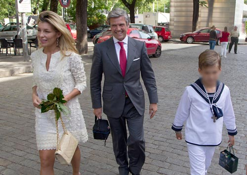 Patricia rato y juan antonio ruiz espartaco juntos en - Como poner el traje de comunion en casa ...