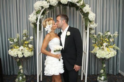 Rafael y Sylvie van der Vaart renuevan sus votos en una emotiva ceremonia en Las Vegas
