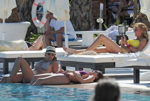 María José Suárez, Raquel Rodríguez y Elisabeth Reyes, tres sirenas bajo el sol de Marbella