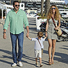 Sacha Thyssen 'se lleva' a sus papás de paseo por Ibiza
