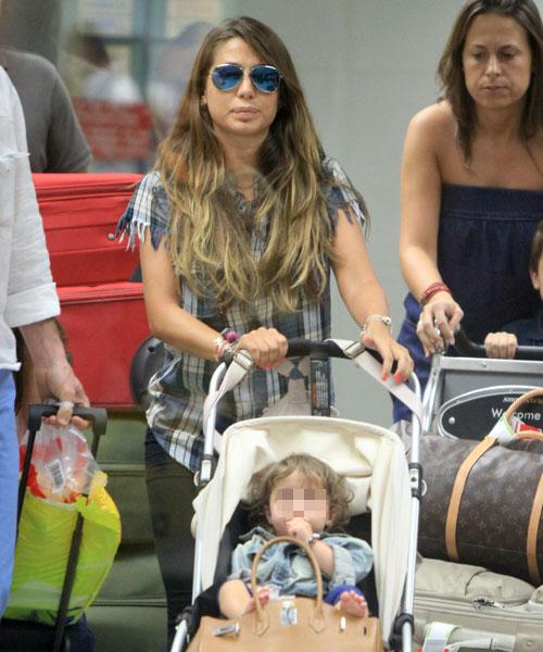 Elena Tablada viaja a Miami con su hija, Ella