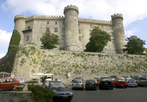 Castillo Odescalchi, cerca de Roma