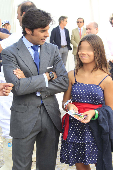 Francisco rivera y su novia lourdes eva gonz lez la for Hija cayetano rivera