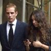 Tatiana Santo Domingo se despide de su abuelo, el magnate Julio Mario Santo Domingo, arropada por su novio, Andrea Casiraghi