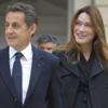 Carla Bruni y Nicolás Sarkozy, padres de una niña
