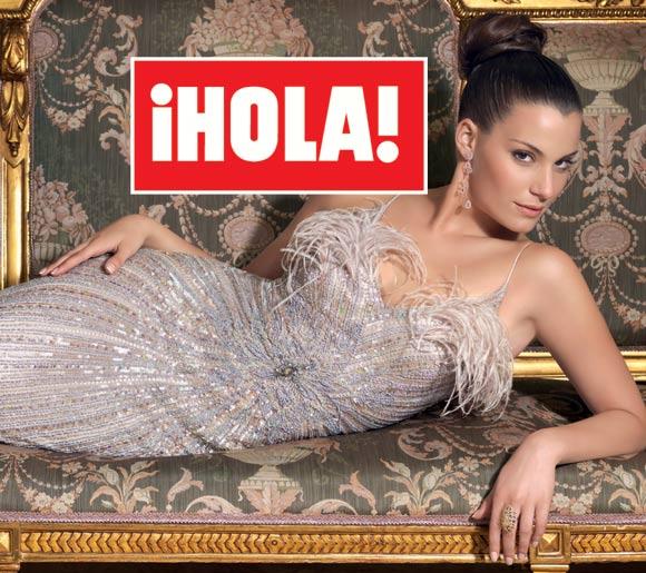 En ¡HOLA!: Silvia López, novia de Pau Gasol, deslumbrante modelo por un día con moda de fiesta y joyas de Rosa Clará