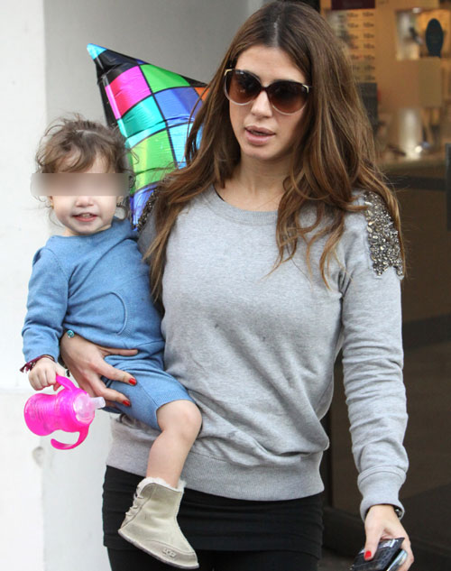 Elena Tablada regresa a Miami con su hija, Ella