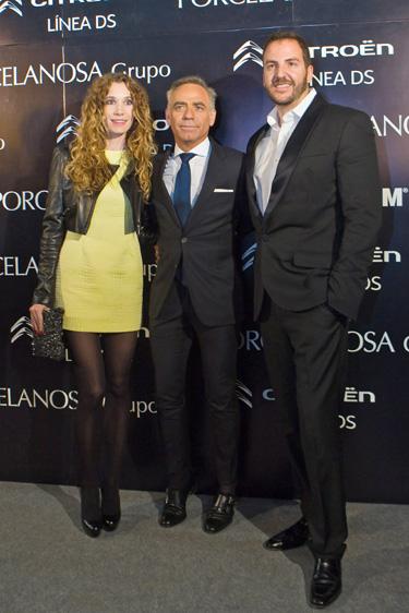 Luis Medina, Borja Thyssen y Blanca Cuesta disfrutan de la arquitectura de Joaquín Torres en Valencia