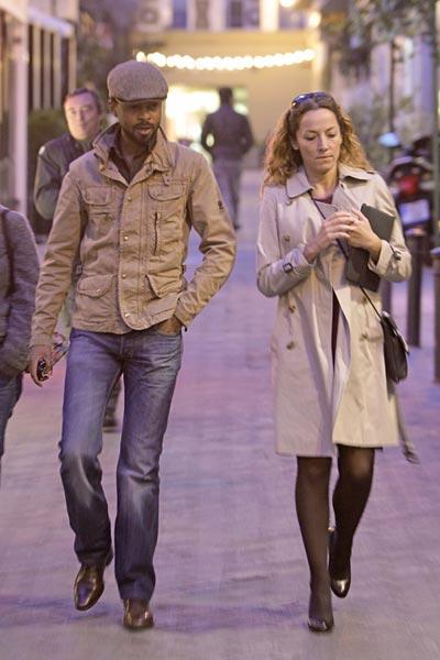 Sonsoles Suárez disfruta de las calles de Madrid junto a la mejor compañía, su novio Paulo Wilson