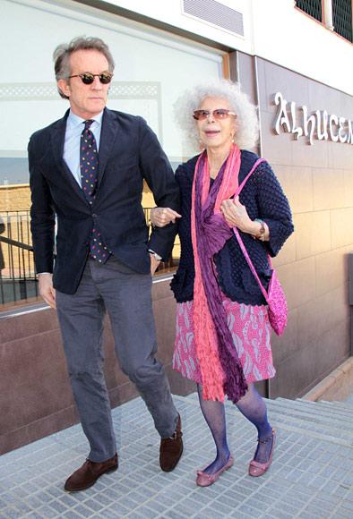 La duquesa de Alba celebra con su marido, Alfonso Diez, y entre amigos su 86º cumpleaños