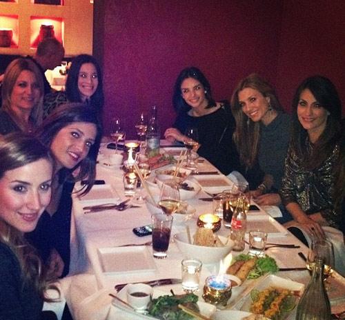 Las 'chicas del Real Madrid' salen de cena