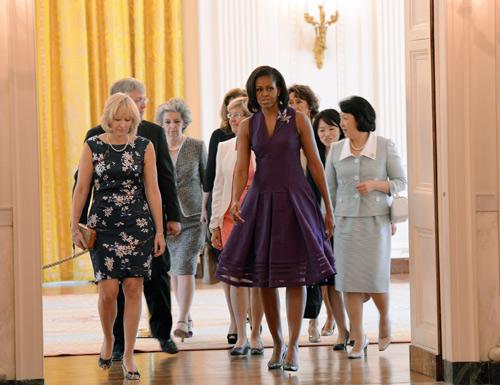 Michelle Obama recibe a las primeras damas del G8 con un gazpacho con ingredientes de su propio huerto