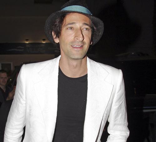 Adrien Brody, Flavio Briatore, Naomi Campbell, James Blunt… invitados VIP en la noche ibicenca
