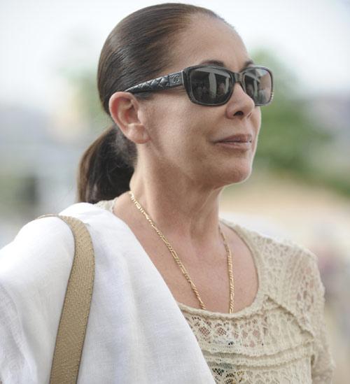 Arranca el juicio a Isabel Pantoja, Julián Muñoz y Maite Zaldívar en medio de una gran expectación