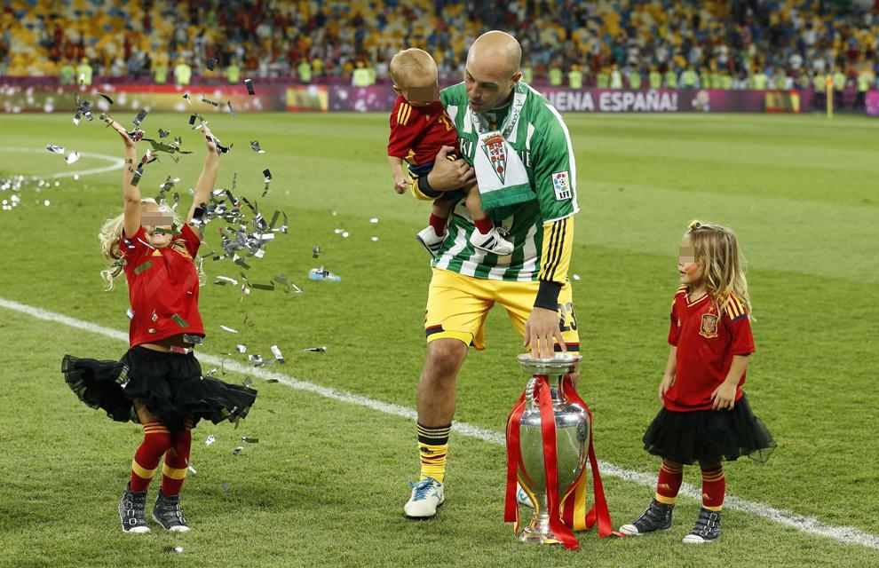 Eurocopa 2012  Reina-hijos--a