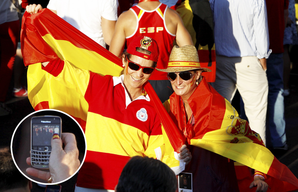 Recepción en Zarzuela a la Selección española Fiesta-roja14-a