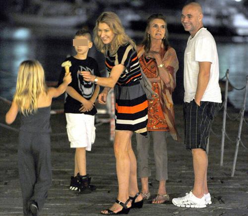 Las Vacaciones Más Familiares De Los Extenistas Andre Agassi Y