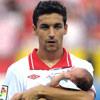 Jesús Navas, un orgulloso papá que lleva a su hijo por primera vez a un partido de fútbol
