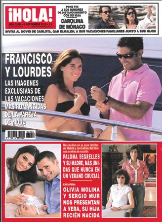 En ¡Hola!: Francisco y Lourdes, las imágenes exclusivas de las vacaciones más románticas de la pareja de moda
