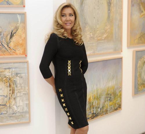 familiares y amigos recuerdan a carla duval en la inauguracin de la exposicin de sus cuadros
