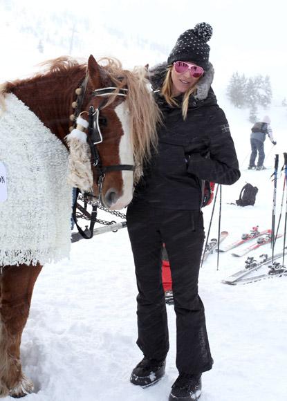 ¡Todos a la nieve! Ana Pastor, Luis Medina, Alejandra Prat… inauguran la temporada de esquí