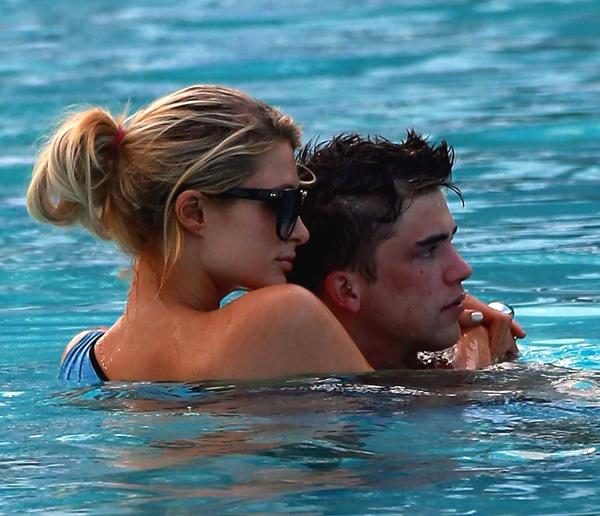 Paris Hilton y River Viiperi, pura pasión en Miami